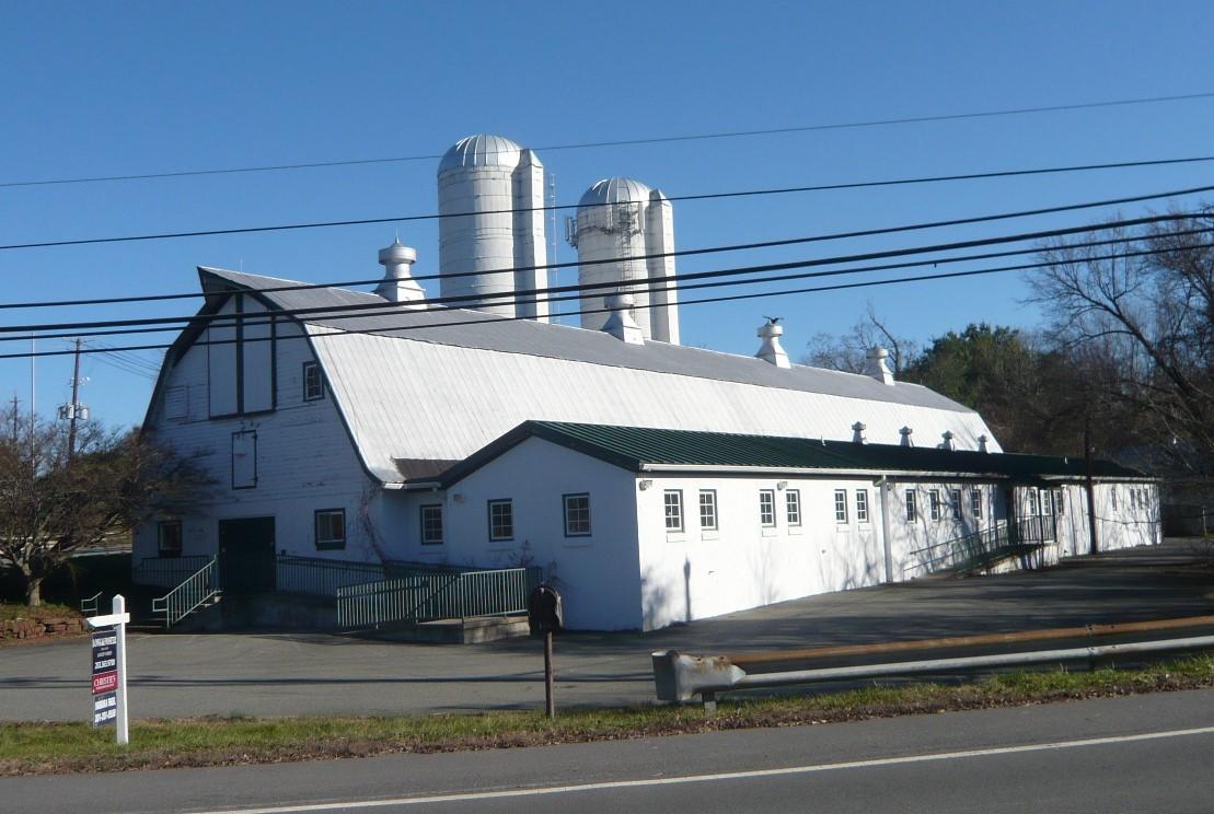Maple Springs Barn