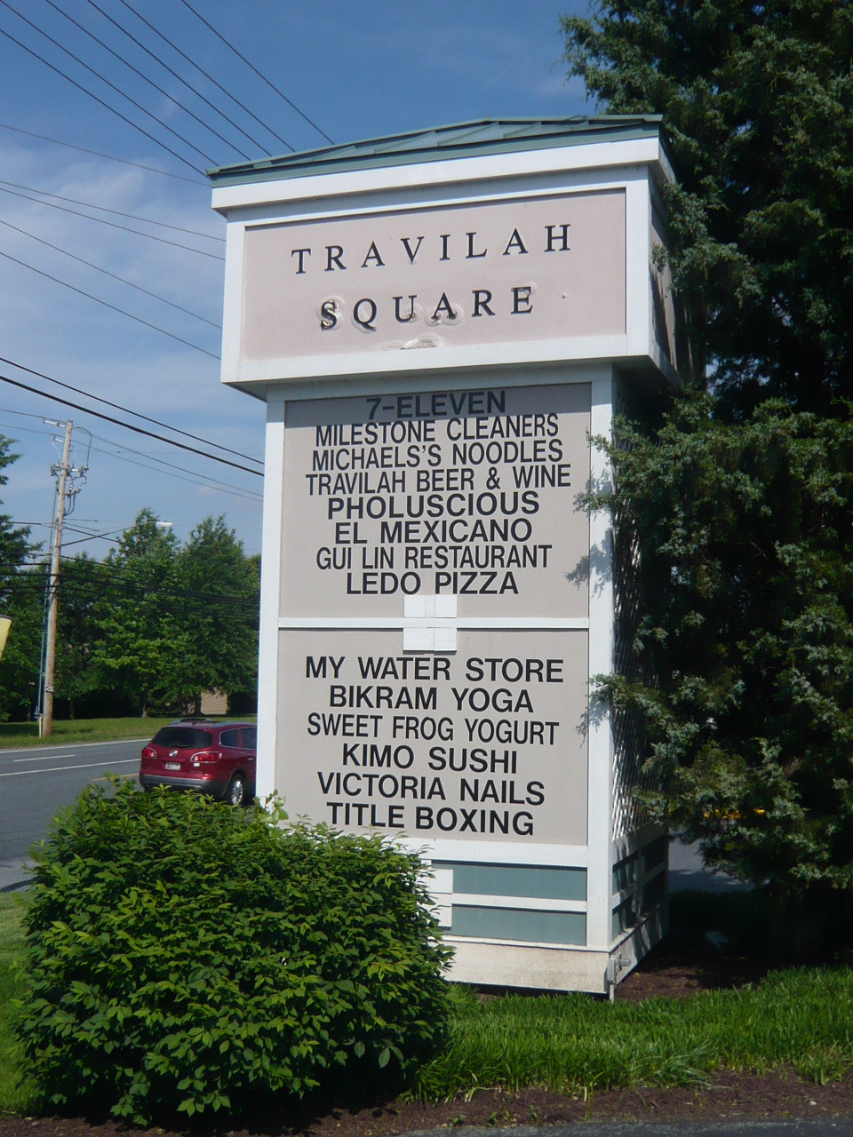 Travilah Square